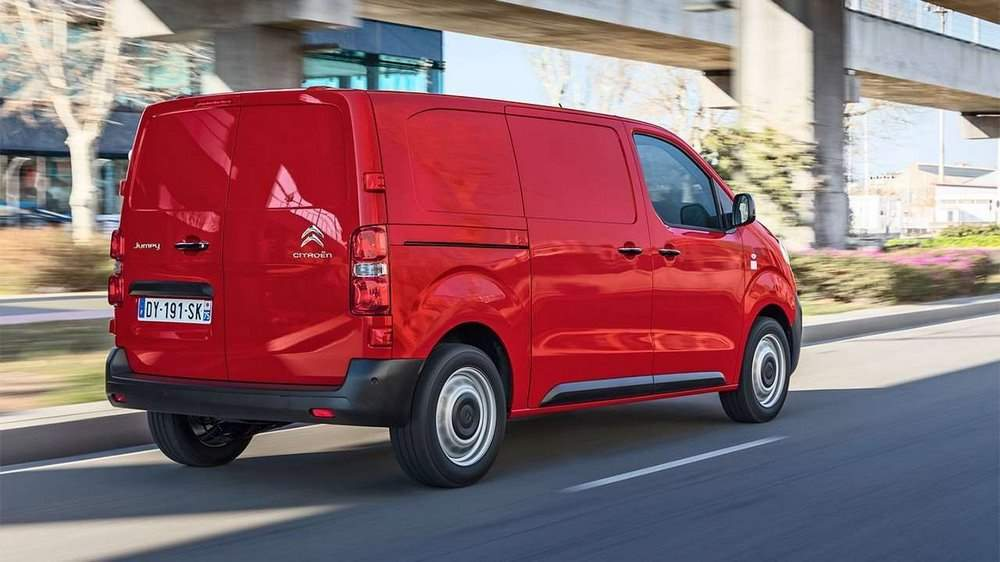 Фото Citroen Jumpy 2017 сзади