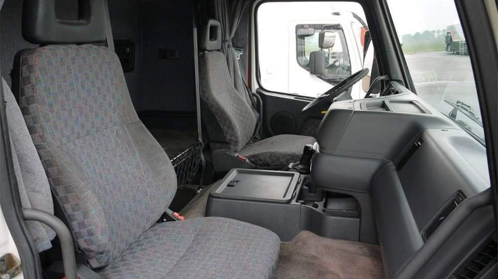 Сиденья тягача Volvo FH12