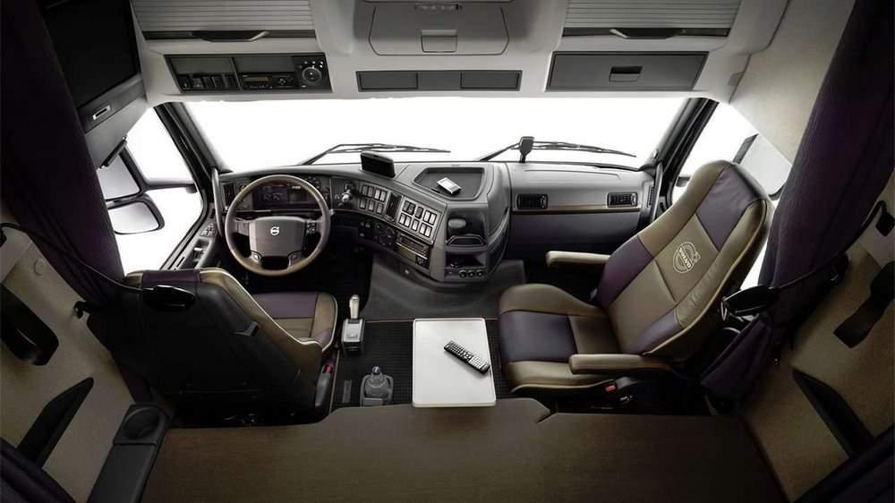 Салон нового Volvo FH16